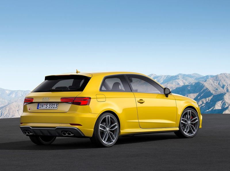 Audi-A3_Sedan-2017-3
