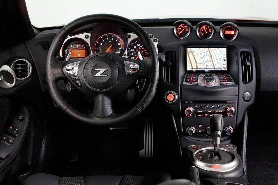 ניסאן 370Z