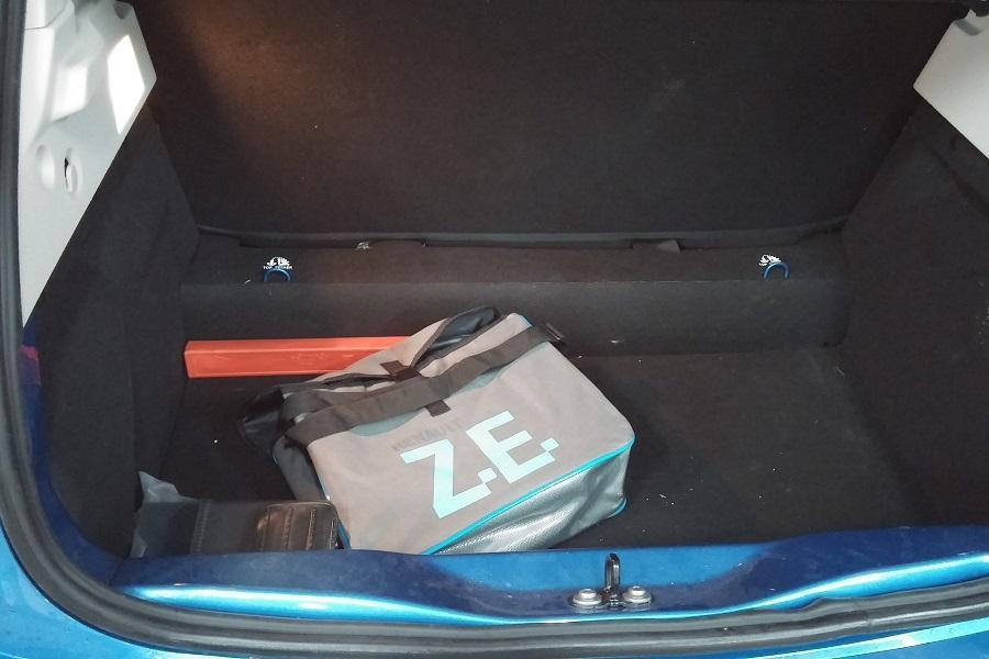 רנו ZOE תא מטען
