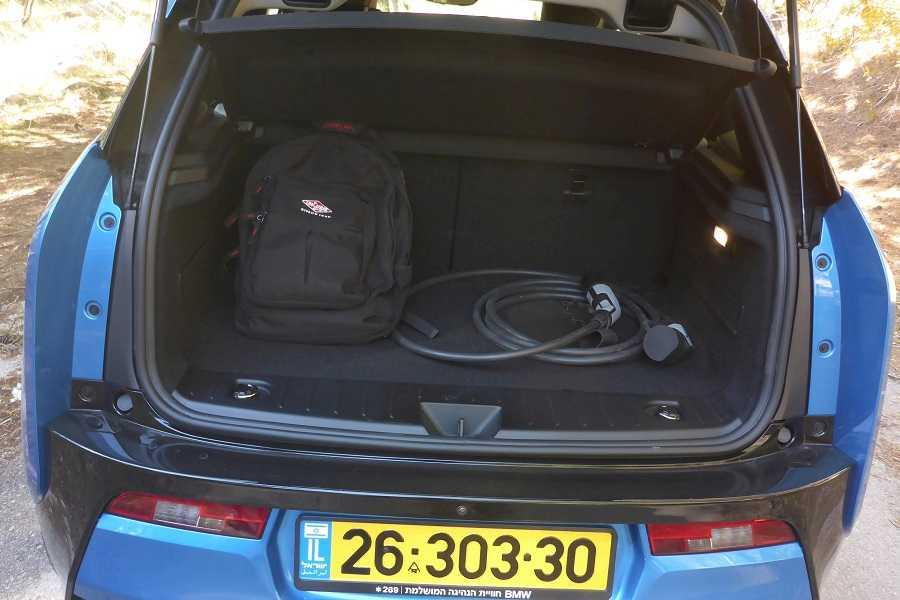 ב.מ.וו i3 רכב חשמלי