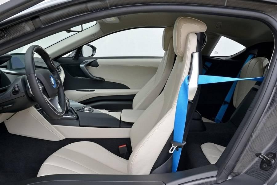 ב.מ.וו i8 2017 רכב חדש