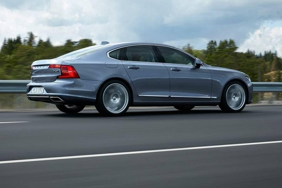 new Volvo-S90-2017