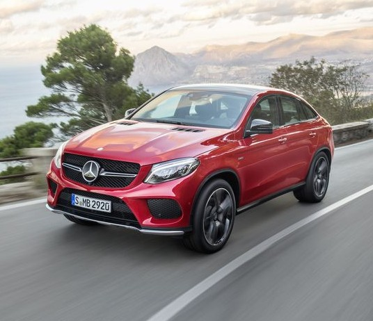 Mercedes-Benz-GLE-2015-4