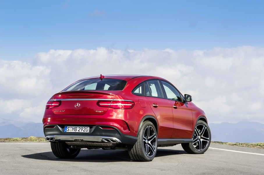 Mercedes-Benz-GLE-2015-2