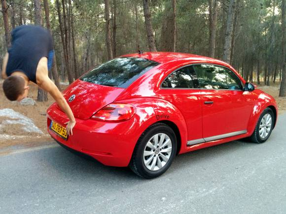 VW NEW BEETLE (9)