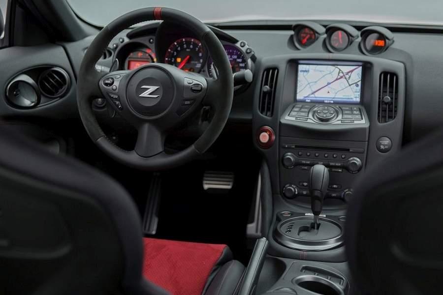 ניסאן 370Z NISMO רכב ספורט