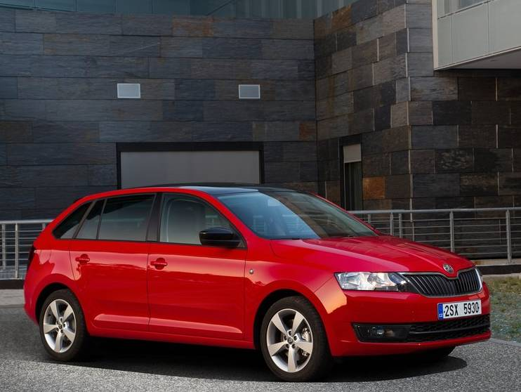 Skoda-Rapid-Spaceback-FRONT