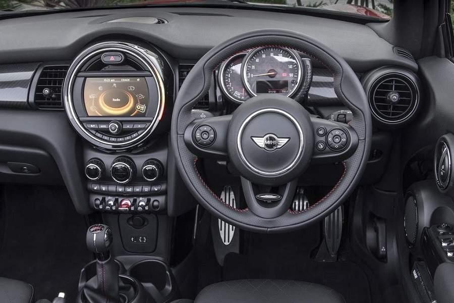 מיני קבריו - רכב חדש